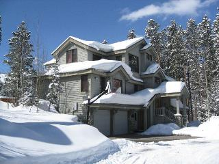 Boulder Ridge Lodge Luxury Ski-in Home Hot Tub Breckenridge Vacation Rental - World vacation rentals