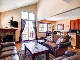 Highland Greens 98 Townhome Hot Tub Breckenridge Colorado - World vacation rentals