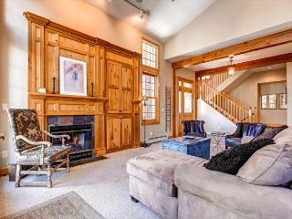 White Wolf 392 Luxury Townhome Hot Tub Breckenridge Summit Mountain Rentals - World vacation rentals