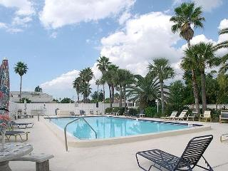 Madeira Place 303 Gulf view condo near John's Pass Village  Pool, BBQ & Wifi - Madeira Beach vacation rentals