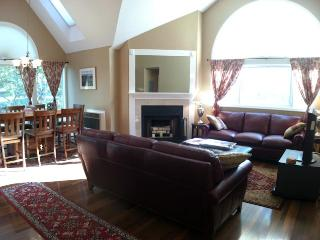 Ocean Edge Upper Level Well Maintained with pool (fees apply) - ED0253 - Brewster vacation rentals