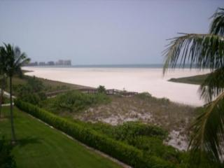 Beach view - PERFECT location with lovely views of the Gulf beach from large private balcony - Marco Island - rentals