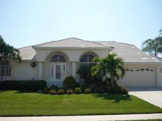 Front view - Sunny Southern Exposure Pool Home with boat dock - Marco Island - rentals