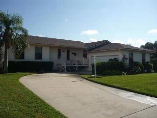 Front view - Only a two block walk to the beach from this Inland pool home - Marco Island - rentals