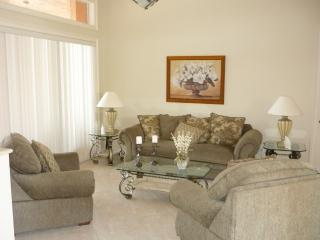 Living room - Executive property with pool and spa in quiet area of the Island - Marco Island - rentals