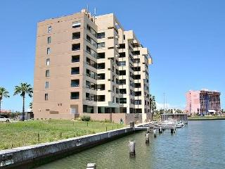 Landfall #66- Comfortable condo right on the Bay. Patio conversion to sunset sitting room. Bring your boat! - Laguna Vista vacation rentals