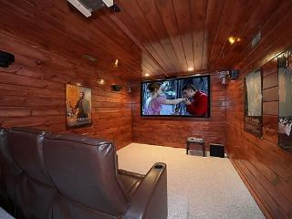 5 Bedroom Luxury Gatlinburg Cabin with Home Theater Room - Gatlinburg vacation rentals