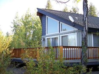 Club Cabin - 2 Bedrooms, 1 Bath Modern Cabin. Sleeps 6. WIFI and Satellite TV. - New Meadows vacation rentals