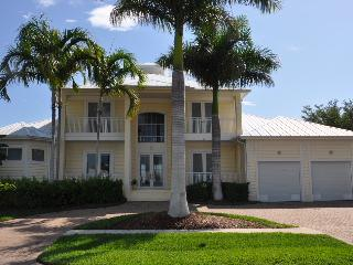 Welcome to Nassau - Nassau Ct - NAS451 - Gorgeous Waterfront Home! - Marco Island - rentals