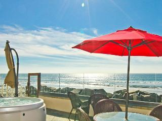 New Rental on the Ocean with 4br/4ba, private spa and patio, bbq A/C Equipped - Oceanside vacation rentals