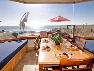 4br/4ba Beautiful Oceanfront Condo, Patio, Spa, BBQ, Designer Decorated - Oceanside vacation rentals