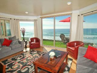 New oceanfront 11br/11ba home on the sand w/ rooftop deck, spa, A/C Equipped - Oceanside vacation rentals