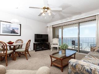 ETW 5004: MUST SEE beachfront condo- balcony, flatscreen TVs, WiFi, Beach SVC - Fort Walton Beach vacation rentals