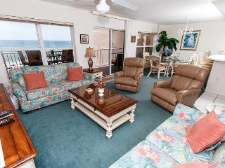 #5009: ALL THE LUXURIES OF HOME - WiFi,Free Beach Service,**KEYLESS ENTRY** - Fort Walton Beach vacation rentals