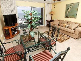 PI 315:UPDATED June 2013 BEACH FRONT-WIFI, pool, BBQ area, Free Beach Svc - Fort Walton Beach vacation rentals
