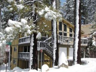 The Perfect Ski Chalet for 10 ~ RA758 - South Lake Tahoe vacation rentals