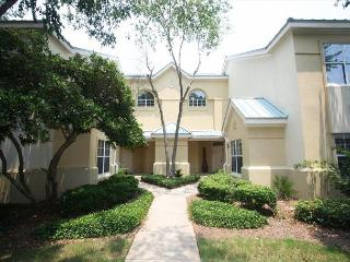 BayView in Sandestin w/Free Tram Service & FREE Golf @ The Links or Baytowne! - Sandestin vacation rentals