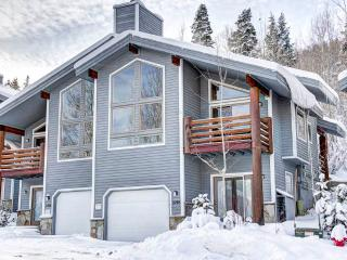 Nice Condo with Deck and Parking - Deer Valley vacation rentals