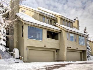 Perfect Condo with Deck and Parking - Park City vacation rentals