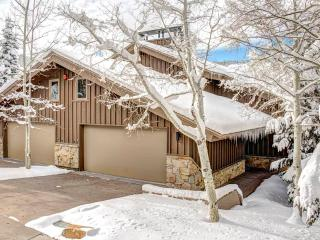 Spacious Condo with Deck and Dishwasher - Deer Valley vacation rentals