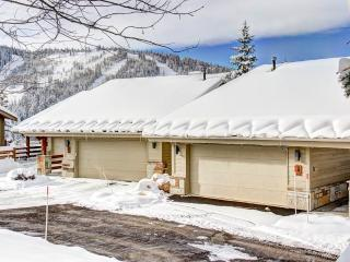 Lovely 3 bedroom Deer Valley Apartment with Deck - Deer Valley vacation rentals