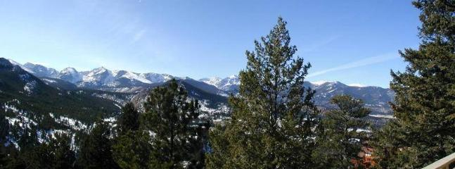 The Byrd at Windcliff: Panoramic RMNP Views, Elegant, Hot Tub, Decks, Wildlife - Estes Park vacation rentals