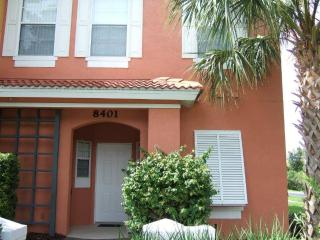 Fully furnished 3 bedroom Emerald Island townhouse - BL8401 - Davenport vacation rentals