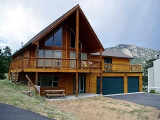 Wildlife and Mountains - Estes Park vacation rentals
