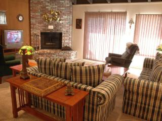 Nice Condo with 3 Bedroom-3 Bathroom in Incline Village (164MS) - Incline Village vacation rentals