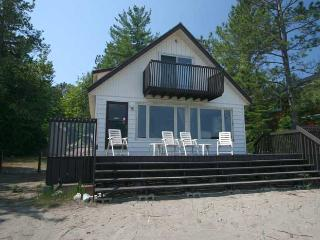 Perfect Cottage with Internet Access and Television - Tobermory vacation rentals