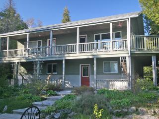 Lovely 5 bedroom Tobermory Cottage with Deck - Tobermory vacation rentals