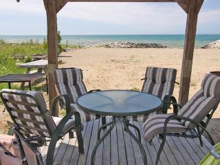 Northern Comfort cottage (#17) - Wiarton vacation rentals