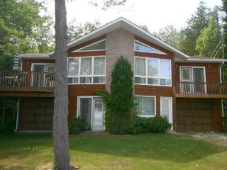 Mom's House cottage (#250) - Owen Sound vacation rentals