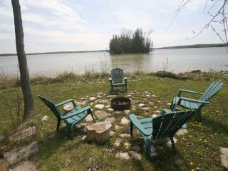 Poppy's Place cottage (#528) - Wiarton vacation rentals