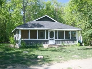 The Coach House cottage (#361) - Port Elgin vacation rentals