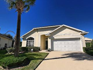 Spacious House with Shared Outdoor Pool and Television - Clermont vacation rentals