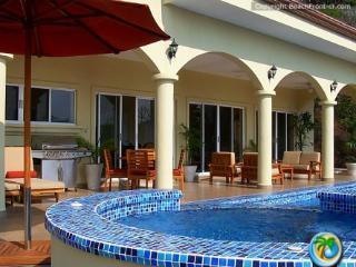 Nube Nueve - Playa Hermosa vacation rentals