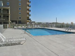 Gulf Village 213 ~Nice Relaxing Vacation Condo ~ Bender Vacation Rentals - Gulf Shores vacation rentals