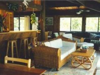 4 bedroom House with Internet Access in Hanalei - Hanalei vacation rentals