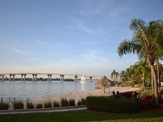 Bahia Vista13-152 - Beautiful Bay, Beach & Sunset Views at Isla Del Sol! - Saint Petersburg vacation rentals