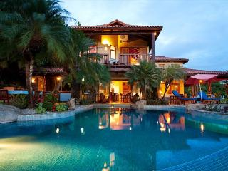 Beautiful 6 bedroom hillside estate with views, infinity pool, bbq. CLL - Tamarindo vacation rentals