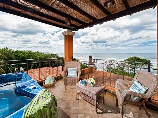Beautiful 3BR oceanview penthouse- jacuzzi, balcony, WIFI, a/c, HOR306 - Tamarindo vacation rentals