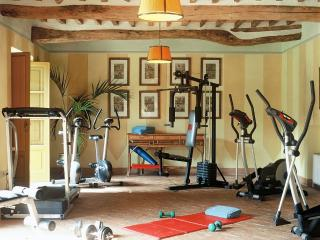 Large Luxury Villa Near Lucca with Pool and Staff - Borgo di Vorno - Capannori vacation rentals