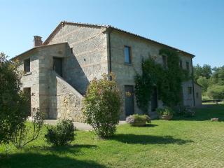Tuscany Luxury Villa - Tenuta Abbazia - Casa la Volpe - Sarteano vacation rentals