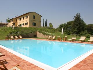 Spacious Villa Surrounded by Tuscan Vineyards - Fattoria Capponi - Dolce - Montopoli in Val d'Arno vacation rentals