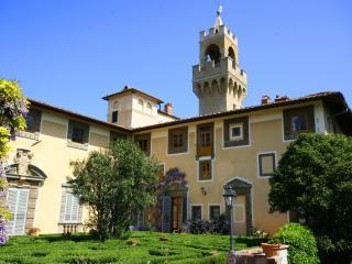 Apartment in Tuscany in a Historic Castle - Il Castello Cappella - Montespertoli vacation rentals