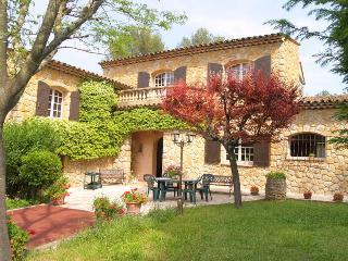 French Riviera Villa Rental near Grasse - Le Mas de Valerie - Peymeinade vacation rentals