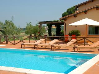 Large Estate with Four Villas with Pools North of Rome - Podere Tevere - Magliano Sabina vacation rentals