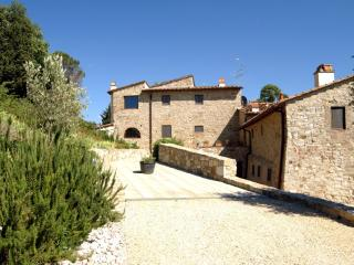 Apartment on a Chianti Wine Estate - Rosso 2 - Montefiridolfi vacation rentals
