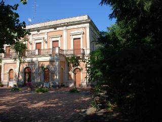 Apartment Rental in Sicily, Piedimonte Etneo - Villa Falcone with Cottage - Piedimonte Etneo vacation rentals